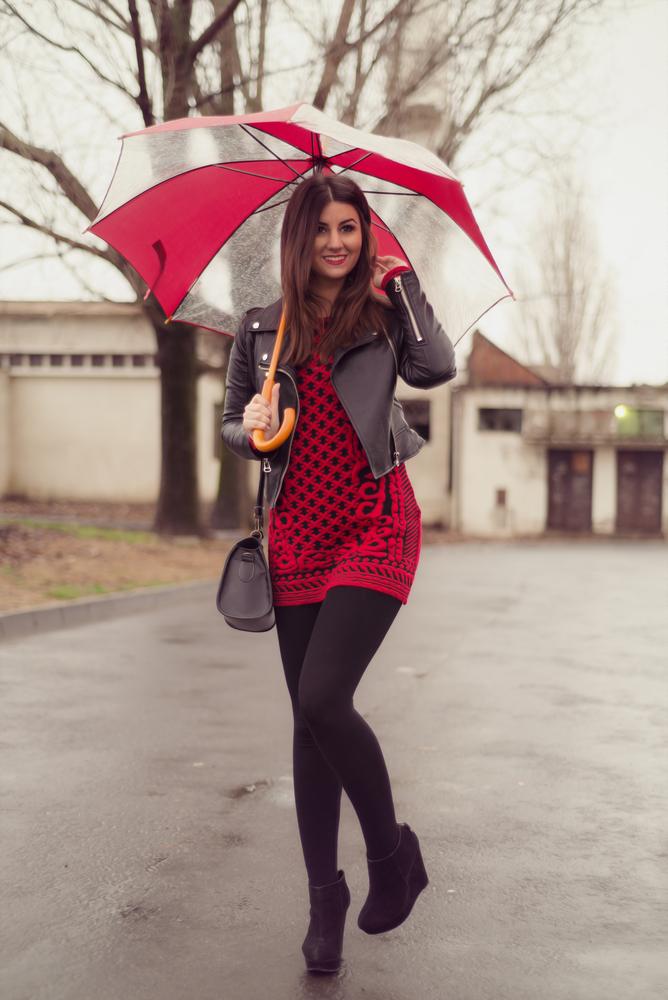 d9ac9273a5 Przykładowe cieplejsze rajstopy do czerwonej sukienki to gatta laura den i  rosalia den klik i klik